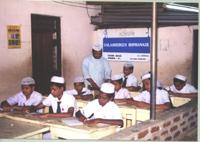 Ragazzi a scuola - Kinniya per la Vita Onlus