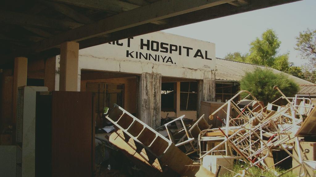 Ospedale di Kinniya devastato - Kinniya per la Vita Onlus